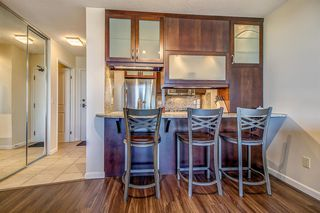 Photo 4: 1212 738 3 Avenue SW in Calgary: Eau Claire Apartment for sale : MLS®# A1009404