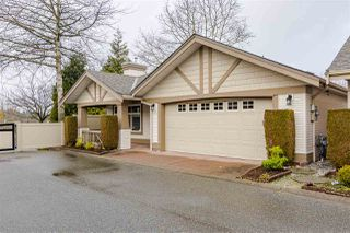 "Photo 1: 17 8555 209 Street in Langley: Walnut Grove Townhouse for sale in ""Autumnwood"" : MLS®# R2483569"