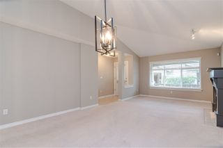 "Photo 9: 17 8555 209 Street in Langley: Walnut Grove Townhouse for sale in ""Autumnwood"" : MLS®# R2483569"