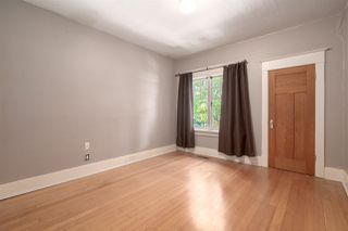 """Photo 6: 558 W 17TH Avenue in Vancouver: Cambie House for sale in """"Cambie"""" (Vancouver West)  : MLS®# R2491817"""