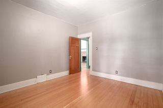 """Photo 7: 558 W 17TH Avenue in Vancouver: Cambie House for sale in """"Cambie"""" (Vancouver West)  : MLS®# R2491817"""