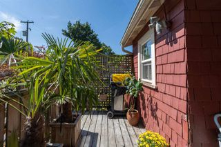 """Photo 22: 558 W 17TH Avenue in Vancouver: Cambie House for sale in """"Cambie"""" (Vancouver West)  : MLS®# R2491817"""