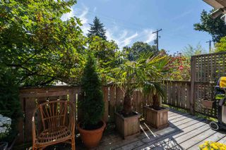 """Photo 21: 558 W 17TH Avenue in Vancouver: Cambie House for sale in """"Cambie"""" (Vancouver West)  : MLS®# R2491817"""
