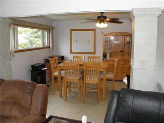 Photo 3: 75 De Bourmont Bay in Winnipeg: Windsor Park Residential for sale (2G)  : MLS®# 202022183