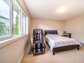 Photo 19: 422 Sherwood Place NW in Calgary: Sherwood Detached for sale : MLS®# A1031042