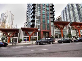 Main Photo:  in The Melville: Coal Harbour Home for sale ()  : MLS®# V875898