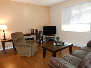 "Photo 3: 102 16068 83RD Avenue in Surrey: Fleetwood Tynehead Condo for sale in ""Fleetwood Gardens"" : MLS®# F1305233"