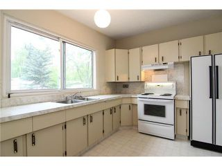 Photo 2: 5327 LAKEVIEW Drive SW in CALGARY: Lakeview Residential Detached Single Family for sale (Calgary)  : MLS®# C3571969