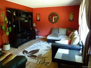 Photo 3: 470 Radford Street in WINNIPEG: North End Residential for sale (North West Winnipeg)  : MLS®# 1319251