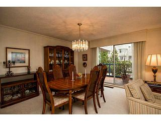 Photo 14: # 116 2274 FOLKESTONE WY in West Vancouver: Panorama Village Condo for sale : MLS®# V987054