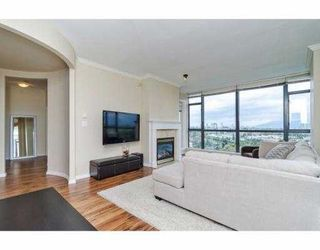 Photo 4: 2401 6837 Station Hill Drive in : South Slope Condo for sale (Burnaby South)  : MLS®# V1024265