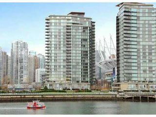 Photo 2: 2602 918 Cooperage Way in Vancouver: Yaletown Condo for sale (Vancouver West)  : MLS®# V1037825