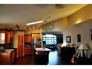 Photo 7: 23810 122ND AV in Maple Ridge: East Central House for sale : MLS®# V1136857