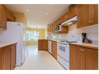 Photo 2: 34 22740 116TH AVENUE in Maple Ridge: East Central Townhouse for sale : MLS®# V1141647