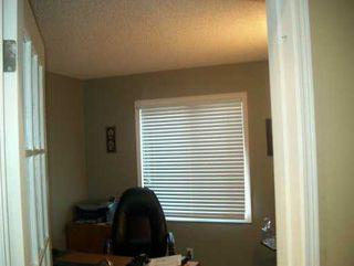Photo 2: 102 SHORELINE Drive: Winnipeg Single Family Detached for sale (1m)  : MLS®# 2618206