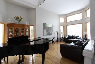 Photo 3: 224 Orchard Hill Road in Winnipeg: Royalwood Single Family Detached for sale (Winnipeg area)  : MLS®# 1406454