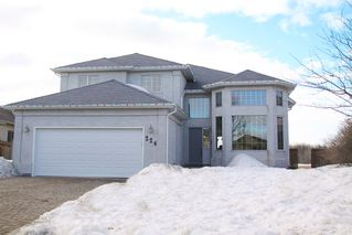 Photo 1: 224 Orchard Hill Road in Winnipeg: Royalwood Single Family Detached for sale (Winnipeg area)  : MLS®# 1406454