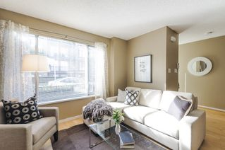 Photo 4: 2728 CRANBERRY DRIVE in Vancouver: Kitsilano Townhouse for sale (Vancouver West)  : MLS®# R2053956
