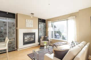 Photo 3: 2728 CRANBERRY DRIVE in Vancouver: Kitsilano Townhouse for sale (Vancouver West)  : MLS®# R2053956