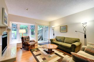 Photo 5: 8895 FINCH COURT in Burnaby: Forest Hills BN Townhouse for sale (Burnaby North)  : MLS®# R2061604