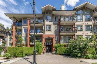 Photo 1: 305 200 Capilano Road in Port Moody: Condo for sale : MLS®# R2086988