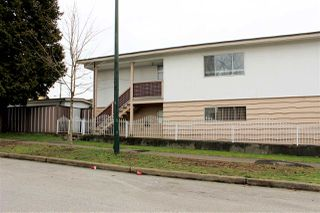 Photo 3: 3906 NANAIMO STREET in Vancouver: Renfrew Heights House for sale (Vancouver East)  : MLS®# R2041929