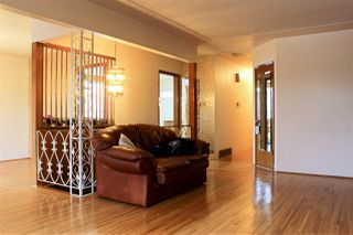 Photo 9: 3906 NANAIMO STREET in Vancouver: Renfrew Heights House for sale (Vancouver East)  : MLS®# R2041929