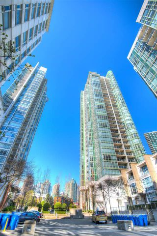 Photo 3: 2908 193 AQUARIUS MEWS in Vancouver: Yaletown Condo for sale (Vancouver West)  : MLS®# R2053547