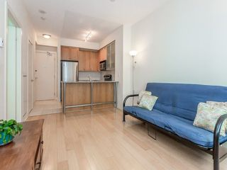 Photo 3: 438 King St W Unit #518 in Toronto: Waterfront Communities C1 Condo for sale (Toronto C01)  : MLS®# C3683313
