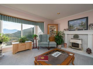 Photo 3: 8651 SUNRISE DRIVE in Chilliwack: Chilliwack Mountain House for sale : MLS®# R2135573