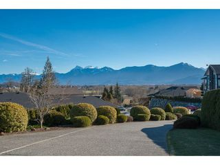 Photo 20: 8651 SUNRISE DRIVE in Chilliwack: Chilliwack Mountain House for sale : MLS®# R2135573