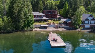 Photo 4: 6017 Eagle Bay Road in Eagle Bay: House for sale : MLS®# 10190843