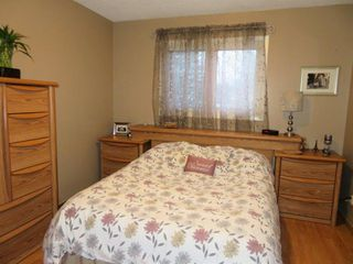 Photo 15: 27 Laurel Bay: Oakbank Single Family Attached for sale (R04)  : MLS®# 1817168