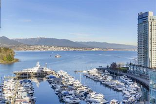 Photo 2: 1403 590 NICOLA STREET in Vancouver: Coal Harbour Condo for sale (Vancouver West)  : MLS®# R2340570