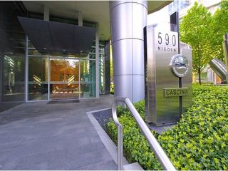 Photo 16: 1403 590 NICOLA STREET in Vancouver: Coal Harbour Condo for sale (Vancouver West)  : MLS®# R2340570