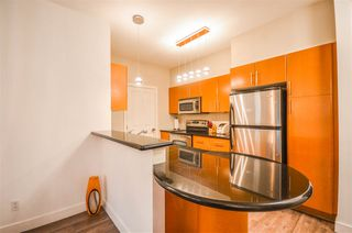 Photo 4: 203 2330 WILSON AVENUE in Port Coquitlam: Central Pt Coquitlam Condo for sale : MLS®# R2325850