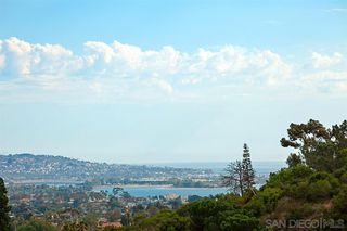 Photo 23: PACIFIC BEACH House for sale : 5 bedrooms : 2169 Harbour Heights Rd in San Diego