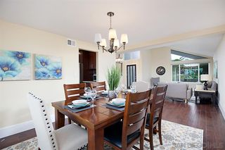 Photo 9: PACIFIC BEACH House for sale : 5 bedrooms : 2169 Harbour Heights Rd in San Diego