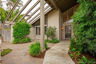Photo 4: PACIFIC BEACH House for sale : 5 bedrooms : 2169 Harbour Heights Rd in San Diego
