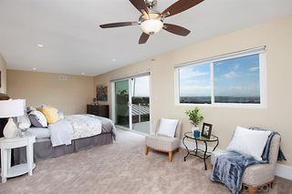 Photo 14: PACIFIC BEACH House for sale : 5 bedrooms : 2169 Harbour Heights Rd in San Diego