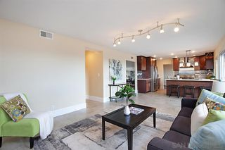 Photo 10: PACIFIC BEACH House for sale : 5 bedrooms : 2169 Harbour Heights Rd in San Diego
