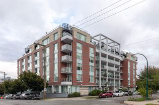 "Photo 1: 517 311 E 6TH Avenue in Vancouver: Mount Pleasant VE Condo for sale in ""The Wohlsein"" (Vancouver East)  : MLS®# R2405815"