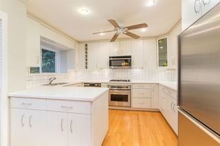 Photo 4: 4210 NAUTILUS Close in Vancouver: Point Grey Townhouse for sale (Vancouver West)  : MLS®# R2425765