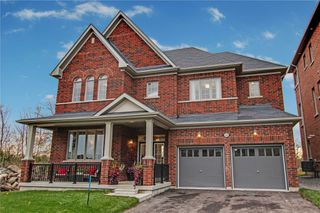 Photo 1: 55 Terry Crescent in Clarington: Bowmanville House (2 1/2 Storey) for sale : MLS®# E4660867