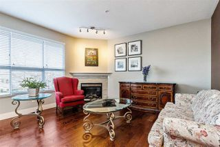 "Photo 2: 31 8618 209 Street in Langley: Walnut Grove Townhouse for sale in ""CREEKSIDE"" : MLS®# R2437977"