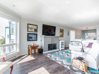 """Photo 5: 4 15139 BUENA VISTA Avenue: White Rock Condo for sale in """"The Bella Vista"""" (South Surrey White Rock)  : MLS®# R2447329"""