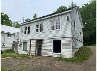 Photo 3: 96 HIGHBURY Road in New Minas: 404-Kings County Multi-Family for sale (Annapolis Valley)  : MLS®# 202010590