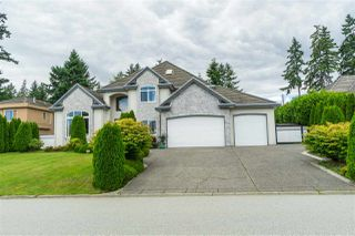 "Photo 3: 12311 57A Avenue in Surrey: Panorama Ridge House for sale in ""Panorama Ridge"" : MLS®# R2470399"