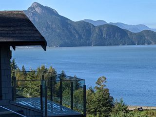 Photo 14: 700 OCEAN CREST Drive in Vancouver: Furry Creek House for sale (West Vancouver)  : MLS®# R2505998