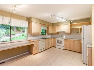 "Photo 12: 2359 WOODSTOCK Drive in Abbotsford: Abbotsford East House for sale in ""McMillan"" : MLS®# R2505106"